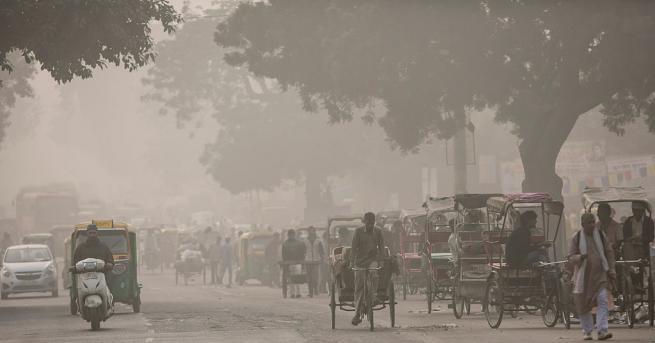 Северната част на Индия отново се бори екстремни нива на