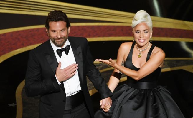 Гага говори за отношенията си с Брадли Купър