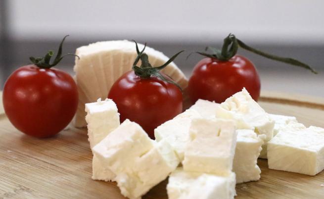 Сирене по рецепта от Ливан и мляко без Е-та на пазара у нас