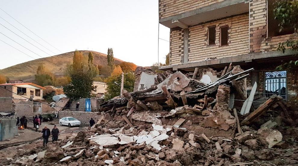 Много загинали и ранени при земетресението в Иран