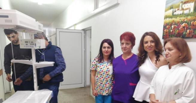 Апаратура за недоносени бебета дари софийската писателката Десислава Николова, на