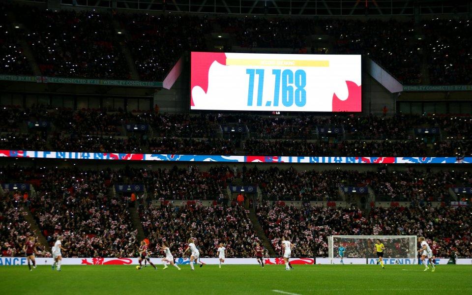 Рекорд по посещаемост на женски мач в Англия