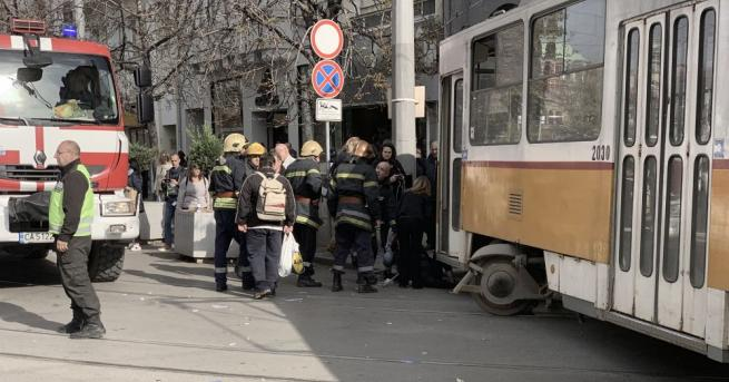 Трамвай блъсна жена в близост до Съдебната палата, предаде БГНЕС.Трамваят