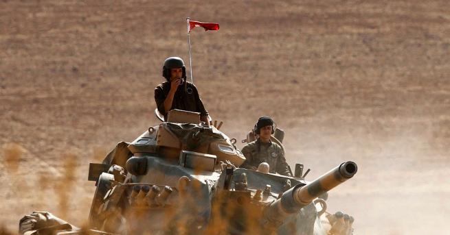Петият съвместен руско-турски патрул в Сирия бе посрещнат днес с
