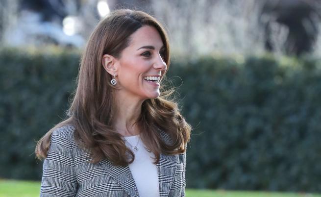 Очаквано добра комбинация: Кейт отново очарова с визия
