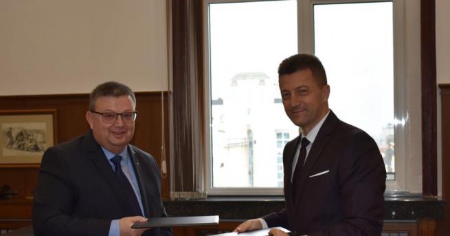 Главният прокурор Сотир Цацаров и председателят на Управителния съвет на