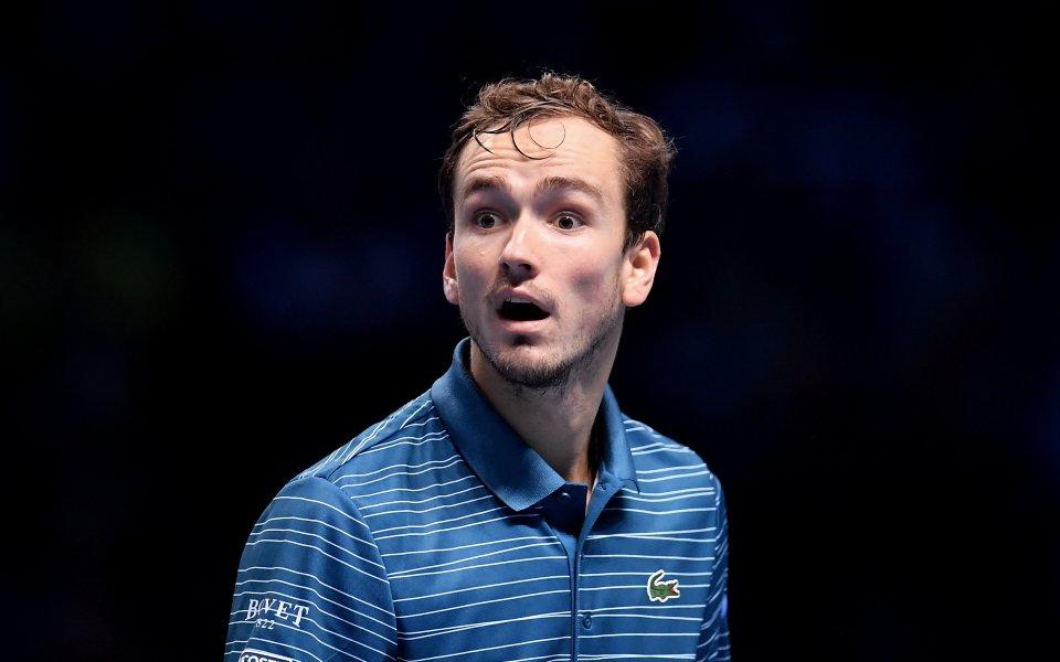 Световният номер 5 Даниил Медведевчесто изпуска нервите си на корта.