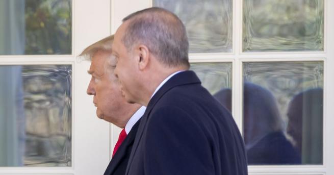 Турският президент Реджеп Тайип Ердоган обсъди по телефона с американския