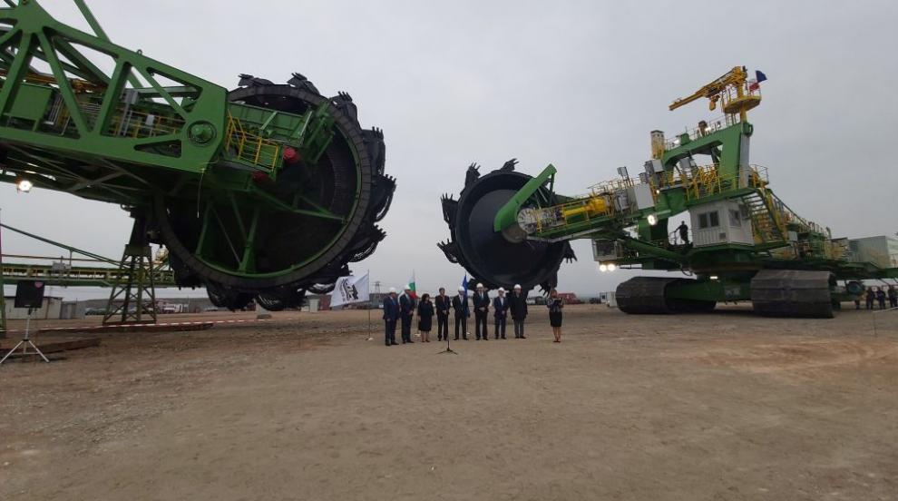 Петкова: Няма да има дефицит на природен газ в България (СНИМКИ)