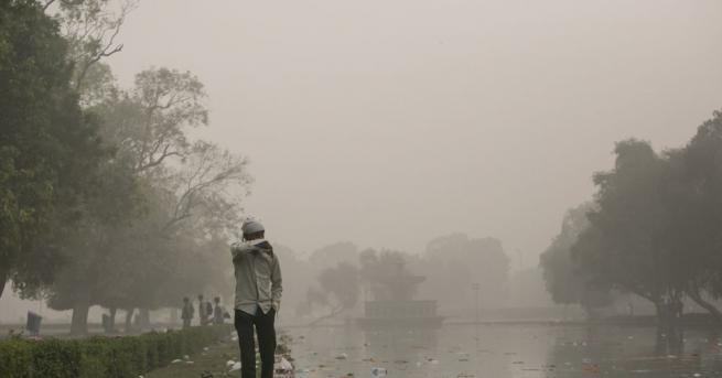 Столицата на Индия Ню Делхи има най-замърсения въздух в света,
