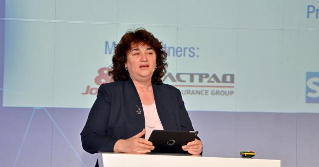 Технологии Зам.-министър Андреана Атанасова: Очакваме 5G мрежите в поне един