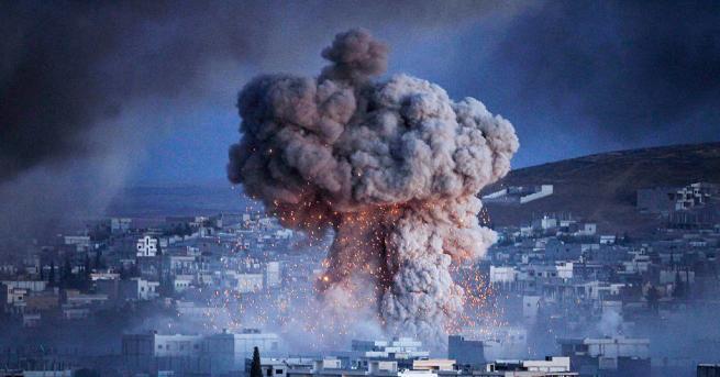 Най-малко 18 цивилни загинаха, а други 27 бяха ранени при
