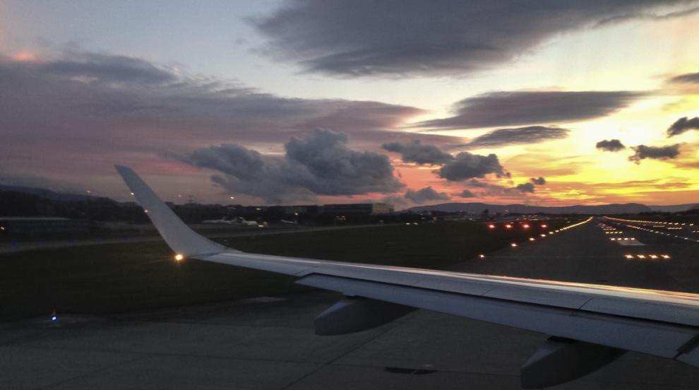 Военен самолет с 38 души на борда изчезна в Чили, властите подозират...