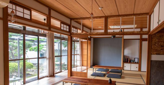 """Хотел """"Business Ryokan Asahi"""" в японския град Фукока има специална"""