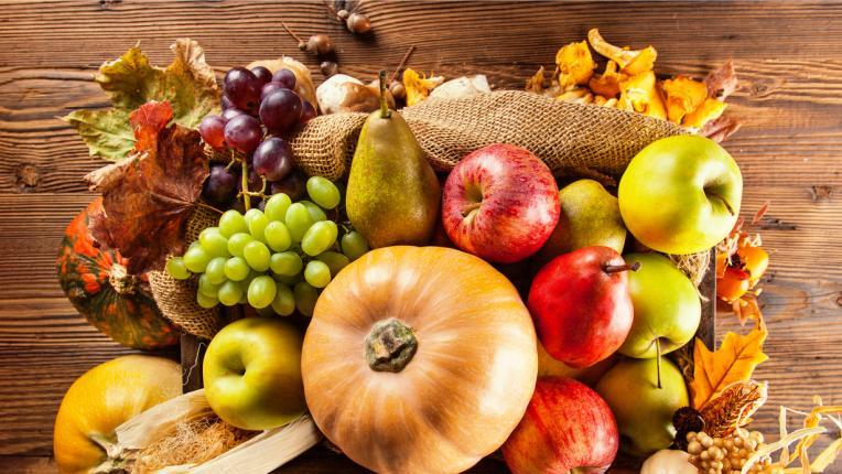 Есенните плодове, които ще ни държат далеч от вирусите