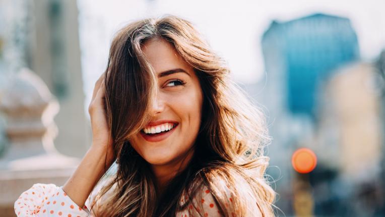 жена красота усмивка щастие