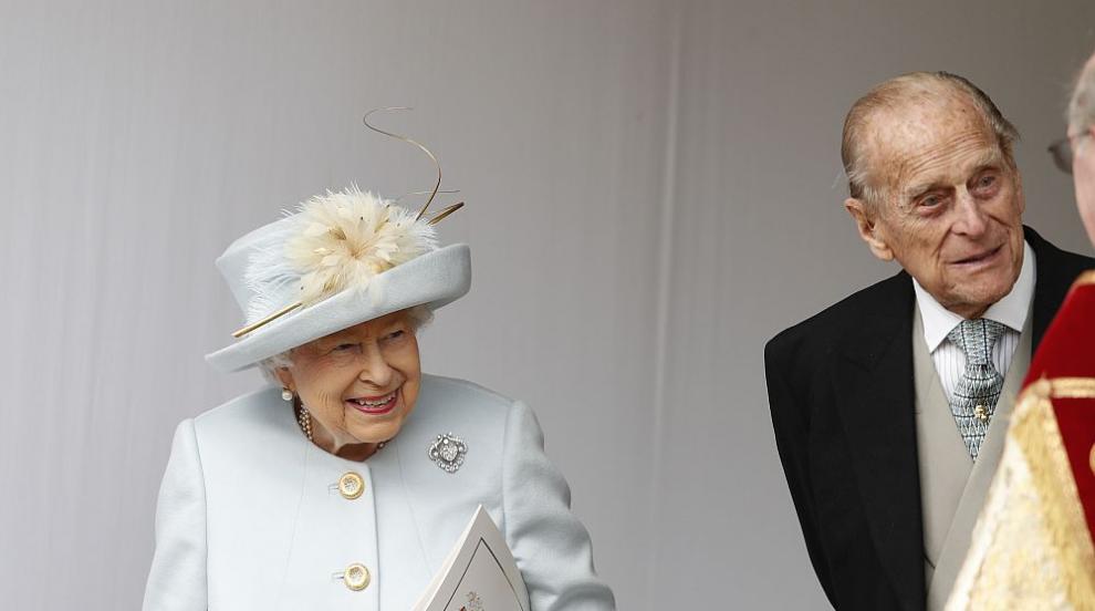 Принц Филип празнува 99-ия си рожден ден в изолация с...