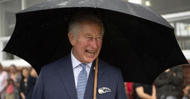 Британският Принц Чарлз планира да удължи отпуската си, за да