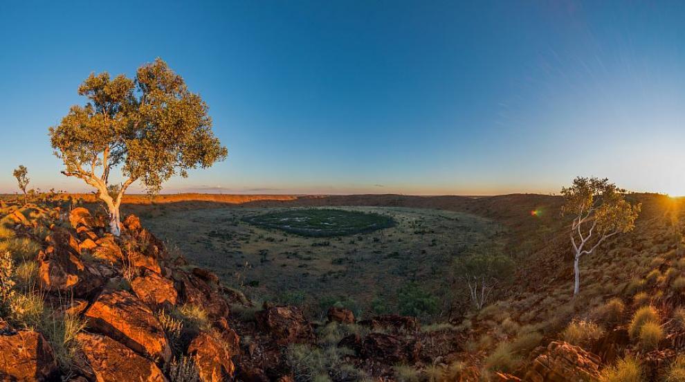 Разкриха подробности за появата на загадъчен кратер в Австралия (ВИДЕО)