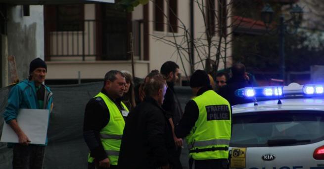 Шофьор блъсна дете на пешеходна пътека в Казанлък и опита