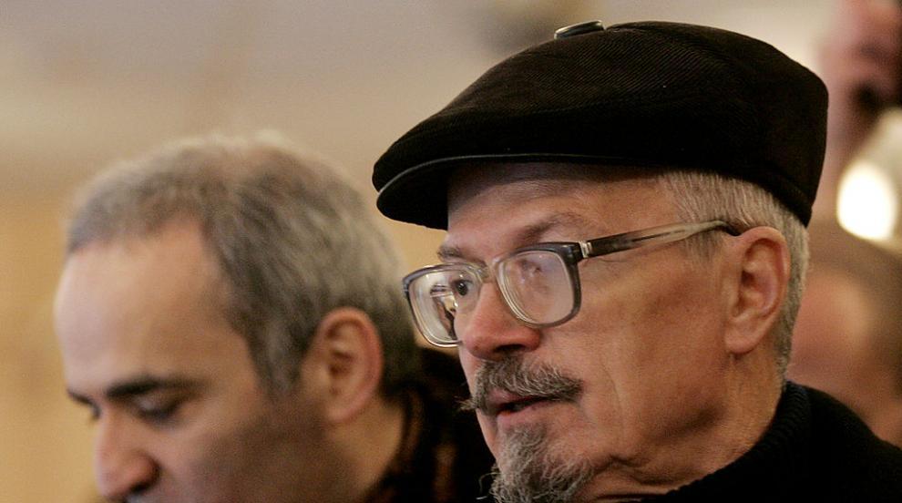 Почина руският писател и политически активист...