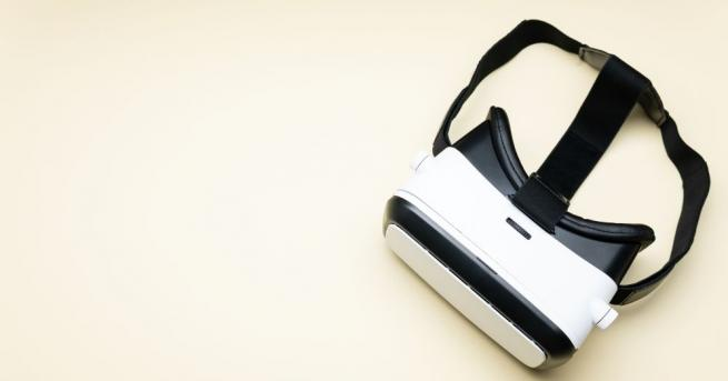 Специални очила за виртуална реалност (VR-очила), предназначени за крави в