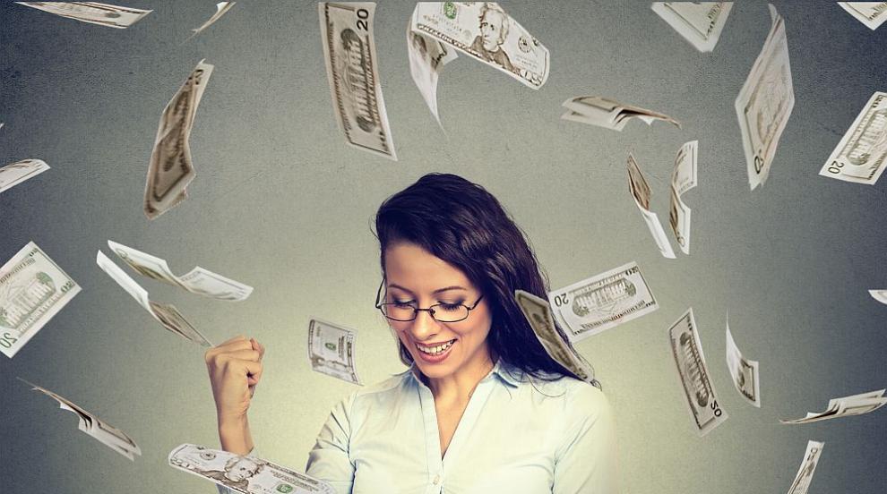 Банкерката, източила милион, превеждала парите на виртуален любовник от...