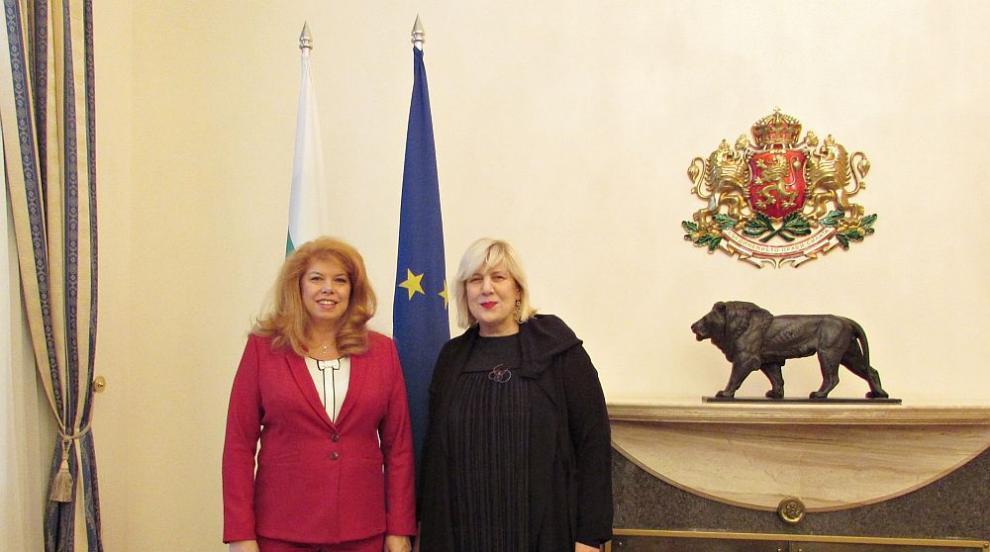 Йотова и комисаря по правата на човека към СЕ смятат, че има отстъпление от...