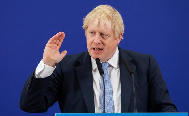 Три вида визи обмисля Джонсън за Великобритания