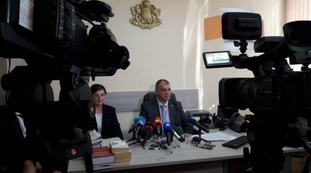 """Прокуратурата с протест срещу мярката """"домашен арест"""" на банковата..."""