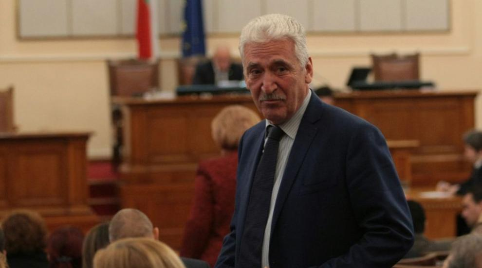 Велчев: Натрупване на напрежение в системата е довело до оставката на Петков