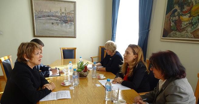 """""""Искаме да утвърдим България като атрактивна инвестиционна дестинация и перспективен"""