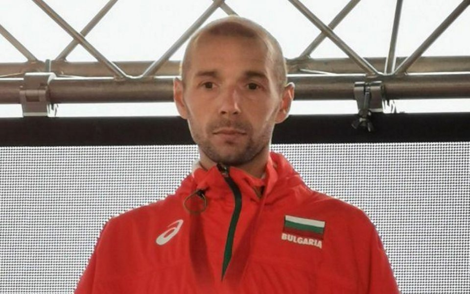 Йоло Николов ще представи България на европейското по крос в Лисабон