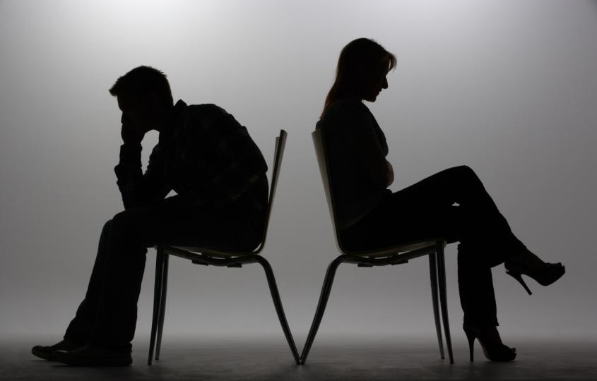 <p><strong>Връзката ви НЯМА бъдеще, ако...</strong></p>  <p>Да простиш изневяра противоречи на принципите ти. Дори не можеш да си представиш да погледнеш в очите мъж, който е бил неверен. Ако вътрешният ти глас казва, че с този човек никога няма да бъдеш щастлива, може би тряба да го послушаш.&nbsp;</p>