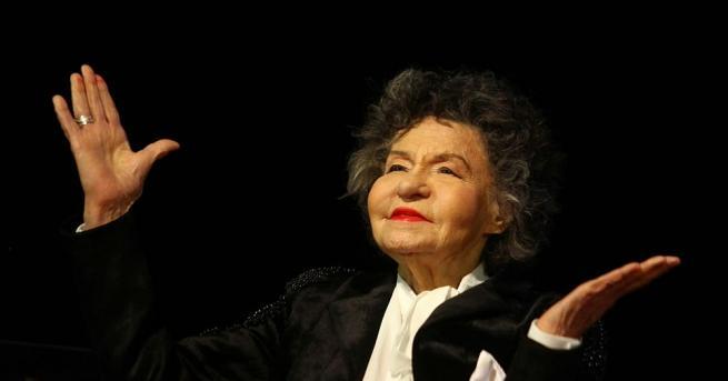 Напусна ни великата актриса Стоянка Мутафова. Тя издъхна на 6