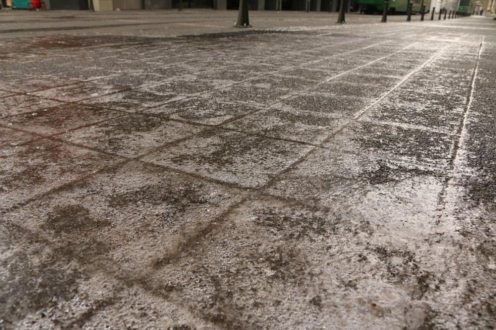 поледица лед София