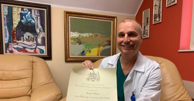 Известен професор от Пловдив стана единственият действащ лекар у нас,