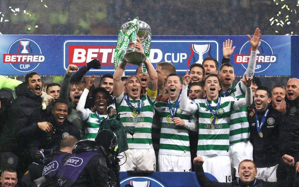 Шампионите на Шотландия Селтик също намалиха заплатите на своите играчи