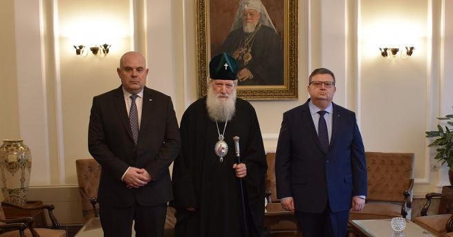 Патриарх Неофит прие главния прокурор Сотир Цацаров и заместника му