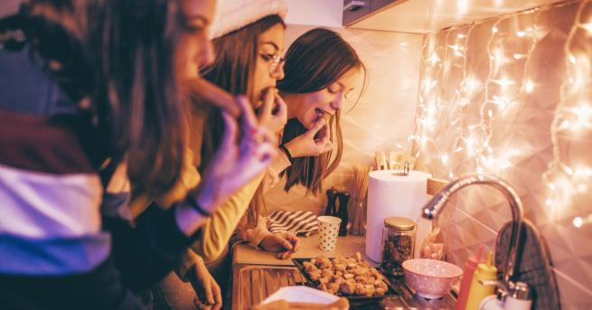 Коледа Диетолог съветва: как да не напълнеем по празниците Ето