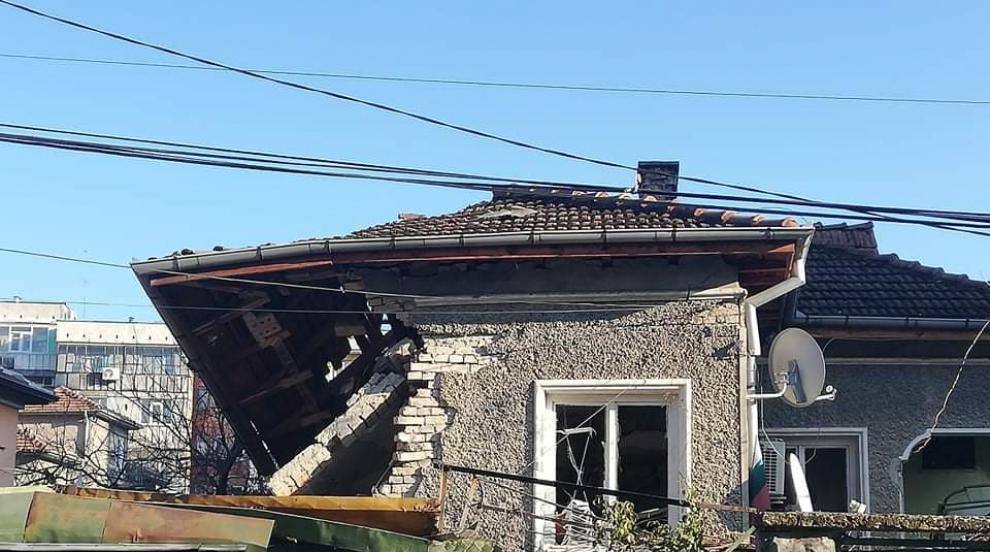 Бойлер срути къща в Шумен