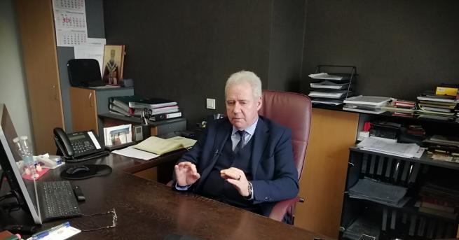 Конфедерацията на работодателите и индустриалците в България (КРИБ) застана зад