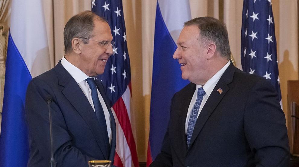 Помпео заплаши Русия с ответни мерки, ако се намеси в президентските...