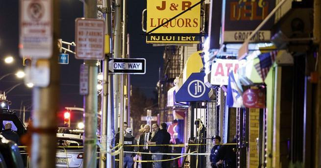 Еврейски супермаркет е бил целта на двамата стрелци при нападението