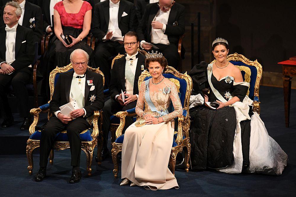 Шведското кралско семейство на Нобеловите награди