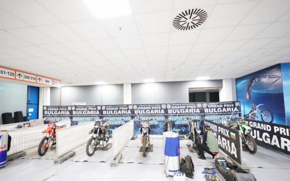 Пилотите за Night of the jumps пристигнаха в София