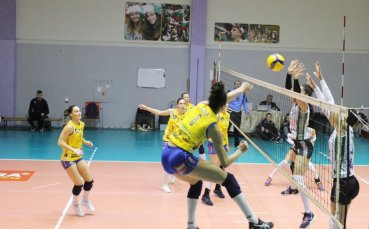 Марица продължава у дома с мач срещу Левски