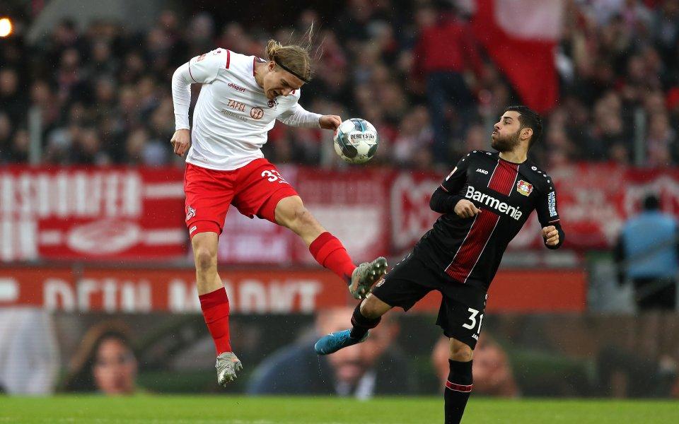 Кьолн победи с 2:0 Байер Леверкузен, но остава в зоната