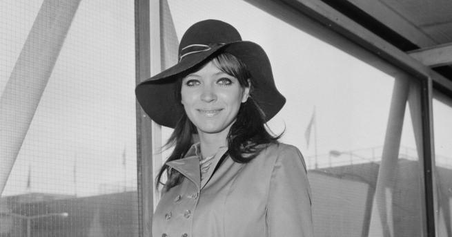 Френската актриса от датски произход Ана Карина, най-известна с ролите