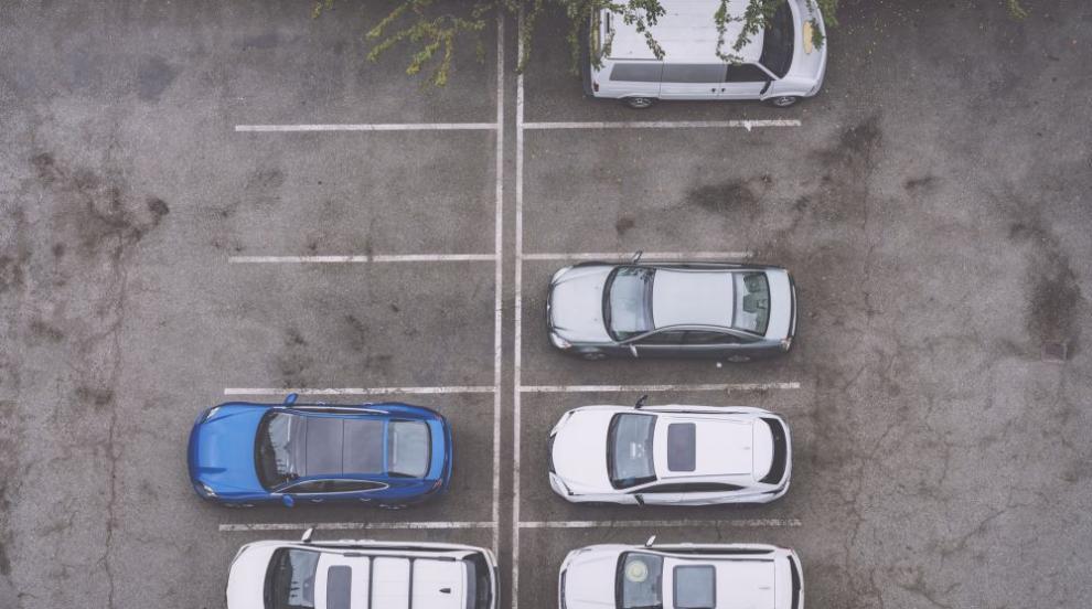 Скандал на паркинг в Балчик, мъж твърди, че е нападнат...